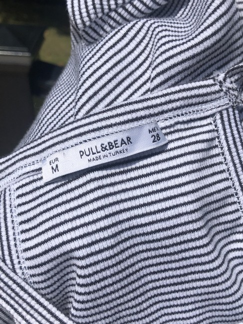 Pull&Bear Top Black and white Image 5