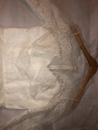 CHRISTOS Ivory Lace Reina Feminine Wedding Dress Size 8 (M) Image 2