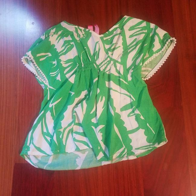 Preload https://item2.tradesy.com/images/lilly-pulitzer-blouse-size-6-s-25855081-0-0.jpg?width=400&height=650