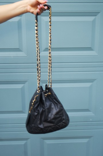Chanel Tote Image 2