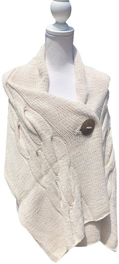 Preload https://img-static.tradesy.com/item/25855123/cream-koze-pure-cotton-cable-knit-shawl-scarfwrap-0-1-540-540.jpg