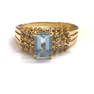 DeWitt's BEAUTIFUL!! GENUINE DEWITT ESTATE COLLECTION!! 14 Karat Yellow Gold, Diamond, and Blue Stone Ring