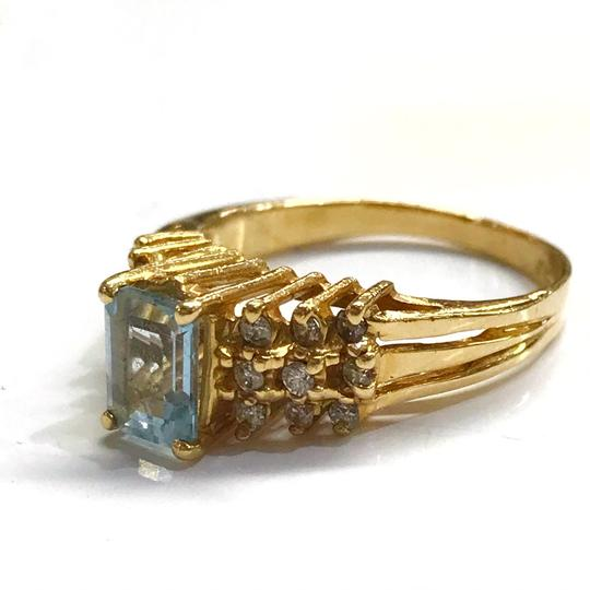 DeWitt's BEAUTIFUL!! GENUINE DEWITT ESTATE COLLECTION!! 14 Karat Yellow Gold, Diamond, and Blue Stone Ring Image 2
