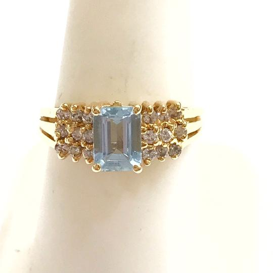 DeWitt's BEAUTIFUL!! GENUINE DEWITT ESTATE COLLECTION!! 14 Karat Yellow Gold, Diamond, and Blue Stone Ring Image 4