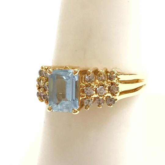 DeWitt's BEAUTIFUL!! GENUINE DEWITT ESTATE COLLECTION!! 14 Karat Yellow Gold, Diamond, and Blue Stone Ring Image 6