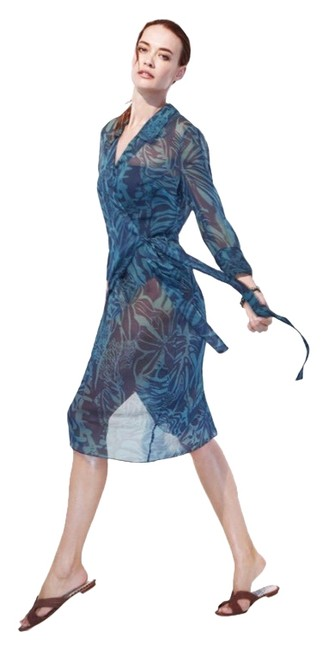 Preload https://img-static.tradesy.com/item/25855312/teal-navy-silk-chiffon-print-34-length-wrap-dress-cover-upsarong-size-4-s-0-1-650-650.jpg