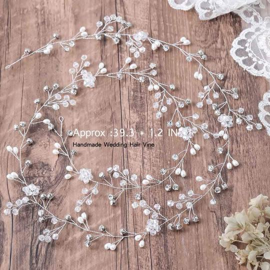 White Hair Accessory Image 4