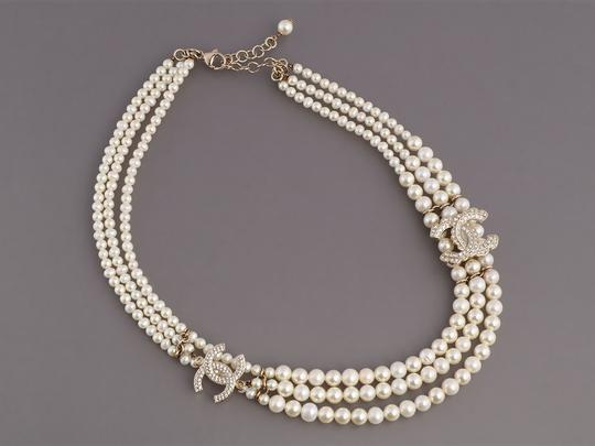 Chanel PEARL AND CRYSTAL LOGO CHOKER Image 1