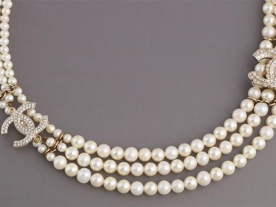 Chanel PEARL AND CRYSTAL LOGO CHOKER Image 2