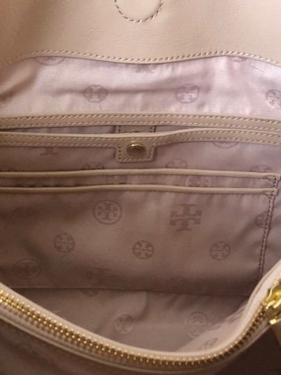 Tory Burch Marion Marion Quilted Patent Leather Very Tote in Light Oak Image 4