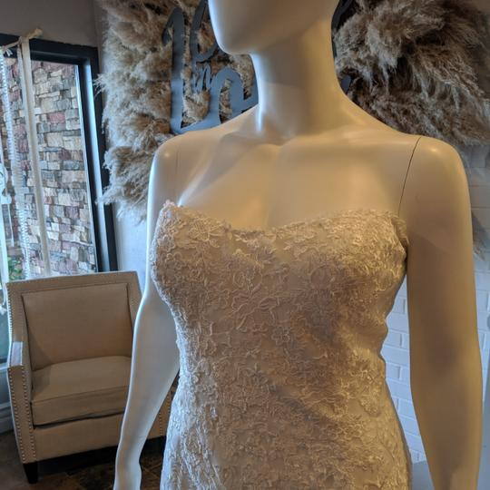 Maggie Sottero Ivory/ Ivory Tulle Horsehair Aretha Formal Wedding Dress Size 24 (Plus 2x) Image 2