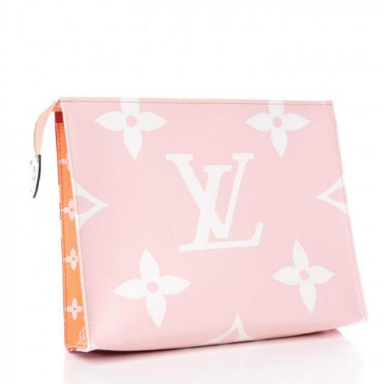 Louis Vuitton Giant Monogram Toiletry Pouch 26 XL Limited Edition Image 4