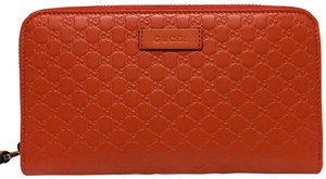 Gucci gg guccissima leather wallet with zip