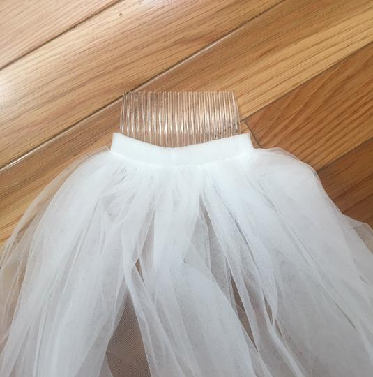 Long New Ivory 6m/19ft Lace Edge Cathedral Bridal Veil Image 2