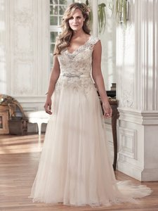 Maggie Sottero Light Gold/Pewter Accent Tulle 'carmen' Feminine Wedding Dress Size 18 (XL, Plus 0x)