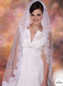 Medium New White 1t Lace Edge Fingertip with Comb Bridal Veil