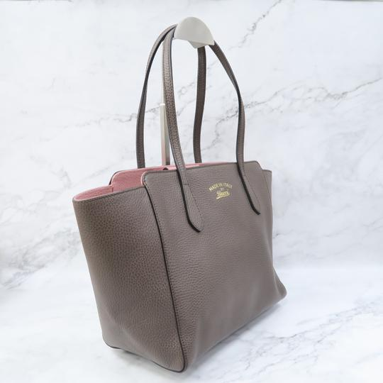 Gucci Swing Small Calfskin Tote in Taupe Image 3