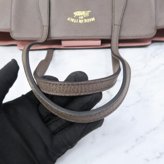 Gucci Swing Small Calfskin Tote in Taupe Image 5