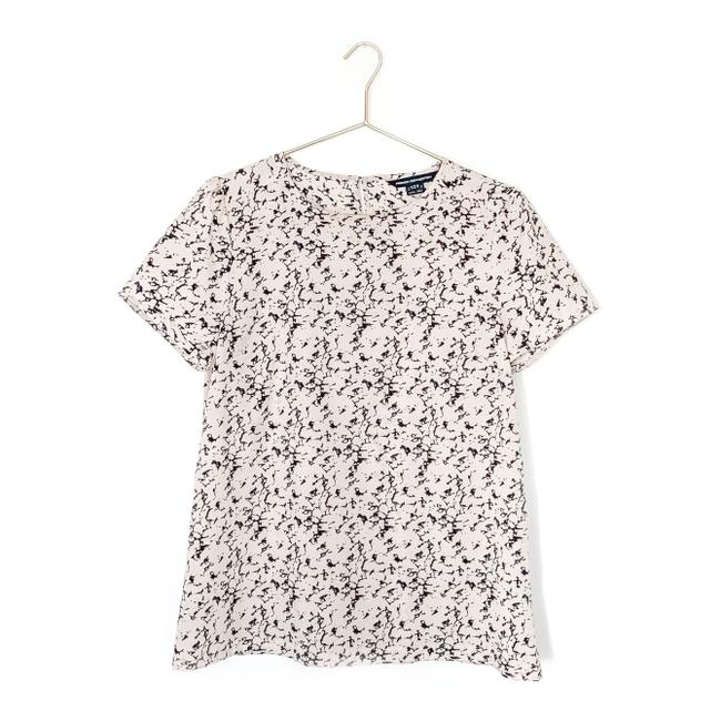 Preload https://img-static.tradesy.com/item/25858481/french-connection-pink-navy-marble-print-short-sleeve-blouse-size-12-l-0-0-650-650.jpg