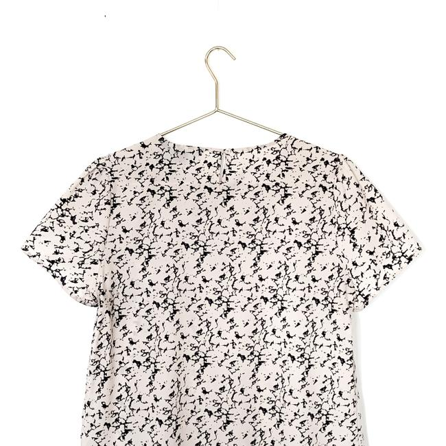 French Connection Print Keyhole Preppy Date Night Top pink, navy Image 4