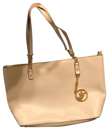Preload https://img-static.tradesy.com/item/25858766/michael-michael-kors-cream-tote-0-1-540-540.jpg