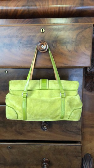 Coach Satchel in green Image 1