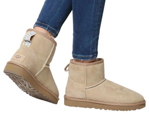 UGG Australia Sale New With Tags New In Box SAND Boots