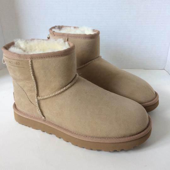 UGG Australia Sale New With Tags New In Box SAND Boots Image 4