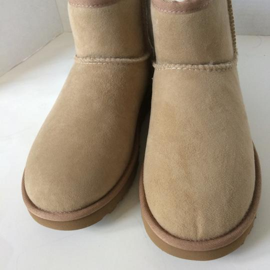 UGG Australia Sale New With Tags New In Box SAND Boots Image 5