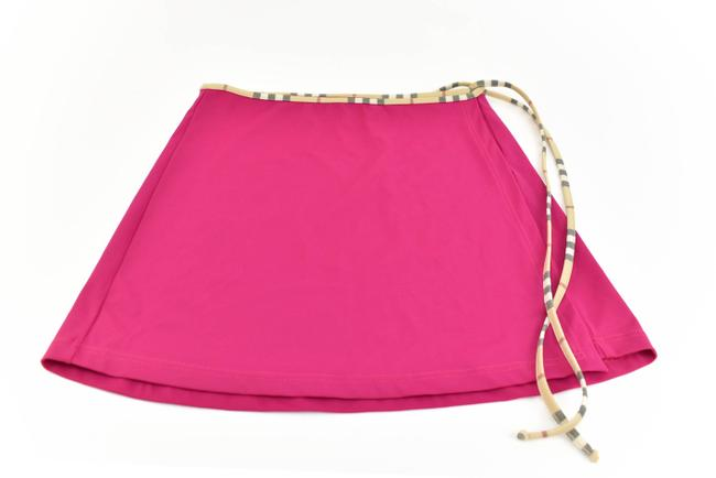 Preload https://img-static.tradesy.com/item/25858913/burberry-london-fuchsia-nova-check-ot-cover-upsarong-size-4-s-0-0-650-650.jpg