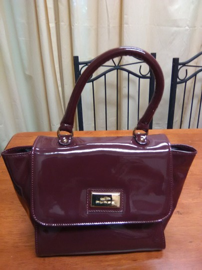 IACUCCI MADE IN ITALY Maroon Colored Small Clutch Clutch Image 2
