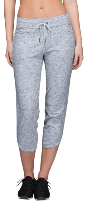 Preload https://img-static.tradesy.com/item/25859207/lululemon-heathered-space-dyed-gris-gray-keep-it-cool-pant-activewear-bottoms-size-6-s-28-0-1-650-650.jpg