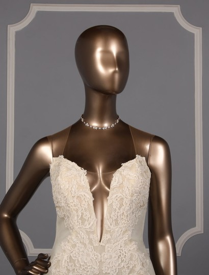 Ines Di Santo Chic Alencon Lace Sexy Wedding Dress Size 10 (M) Image 1