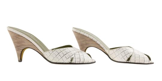 Donald J. Pliner Mule Made In Italy white Pumps Image 1
