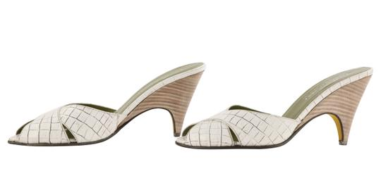 Donald J. Pliner Mule Made In Italy white Pumps Image 4