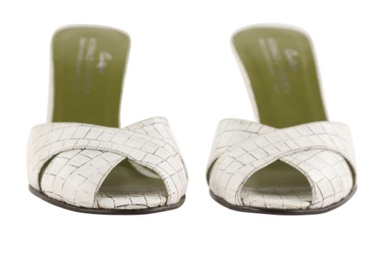 Donald J. Pliner Mule Made In Italy white Pumps Image 6
