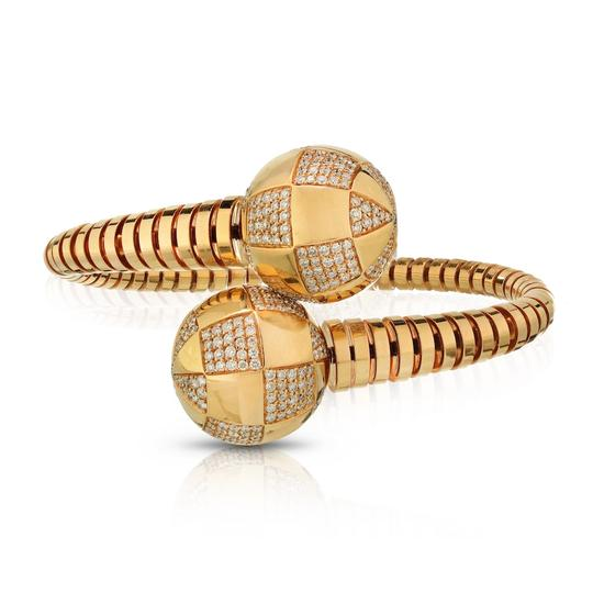 Preload https://img-static.tradesy.com/item/25859599/bvlgari-yellow-gold-gianni-enigma-bypass-diamond-pave-bangle-bracelet-0-0-540-540.jpg