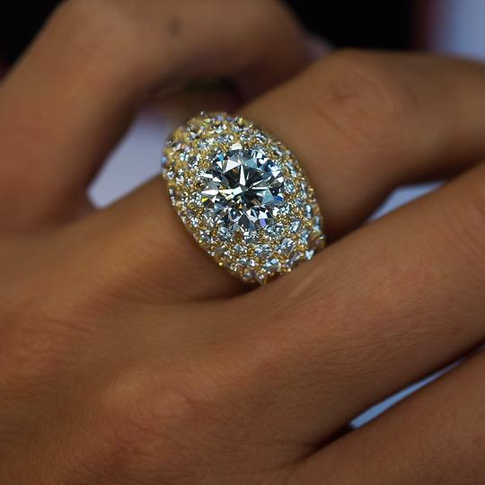 Cartier Yellow Gold 3.01ct Round Cut E-vs1 Gia Diamond Engagement Ring Image 3