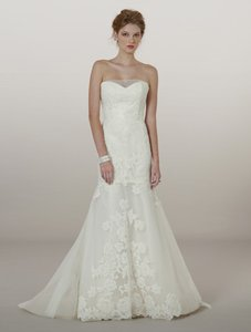 Liancarlo Ivory Lace/Tulle 5864 Formal Wedding Dress Size 10 (M)