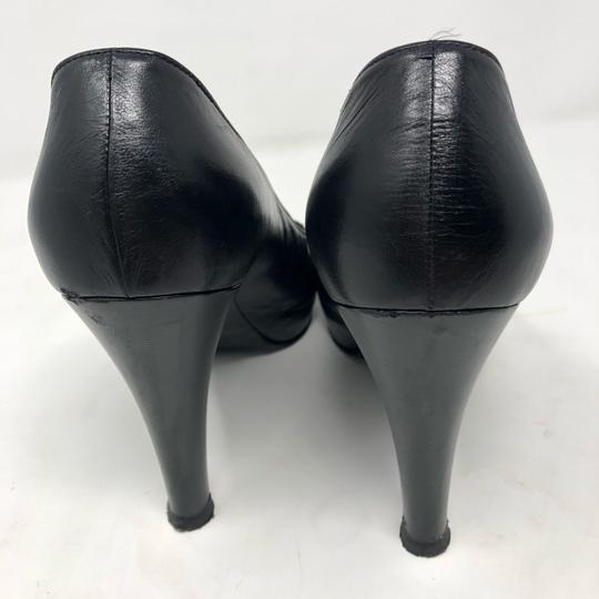 Chanel Pumps Image 3