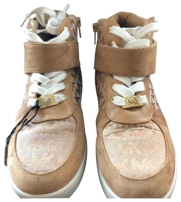 Item - Beige High Tops Sneakers Size US 5.5 Regular (M, B)