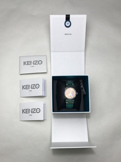 Kenzo Kenzo iridescent watch in original box Image 8