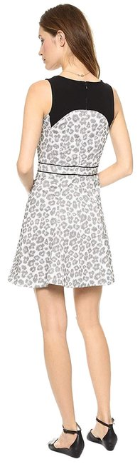 Item - Antique White Multi New with Tag Style #m4002708 Short Casual Dress Size 8 (M)