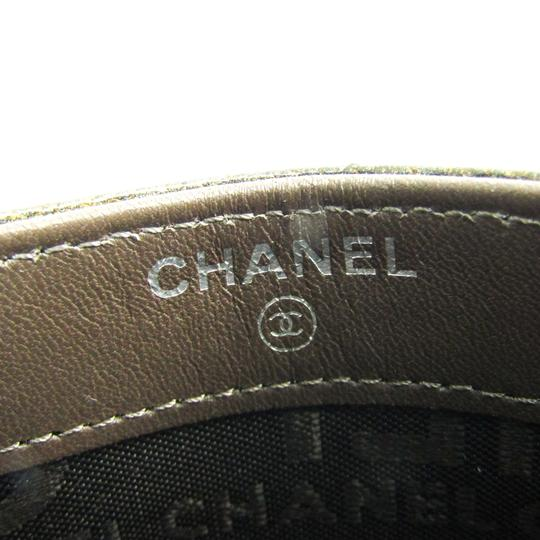 Chanel Chanel A36499 Patent Leather Card Case Khaki Image 7