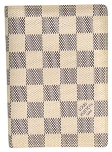 Louis Vuitton Louis Vuitton Damier Damier Azur Passport Cover Azur couverture passeport N60032