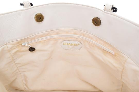 Chanel Leather Shopping Tote in White Image 12