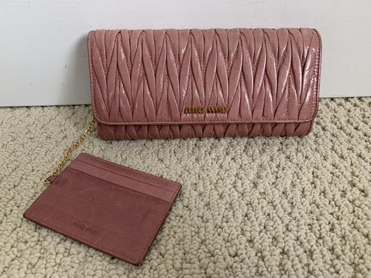 Miu Miu Dusty Rose Pink Matelasse Quilted Leather Bifold Continental Wallet Image 1