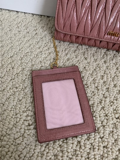 Miu Miu Dusty Rose Pink Matelasse Quilted Leather Bifold Continental Wallet Image 10