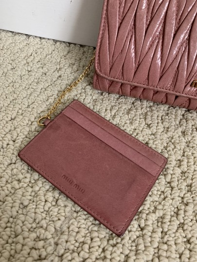 Miu Miu Dusty Rose Pink Matelasse Quilted Leather Bifold Continental Wallet Image 2