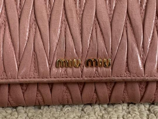 Miu Miu Dusty Rose Pink Matelasse Quilted Leather Bifold Continental Wallet Image 3